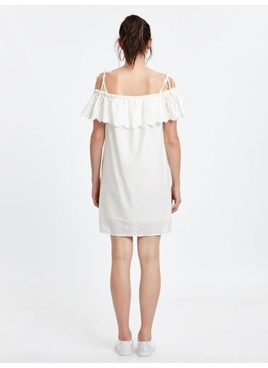 LC Waikiki Kayık Yaka Kısa Elbise Beyaz